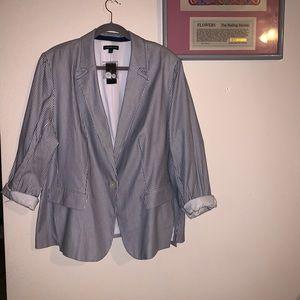 Lane Bryant Suit Set! Navy and White!